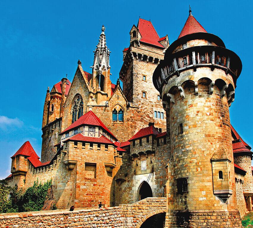 нашу средневековые замки имена и фото подумывал том, чтобы